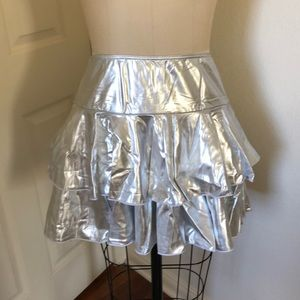 Shiny silver spandex ruffle skirt, never worn